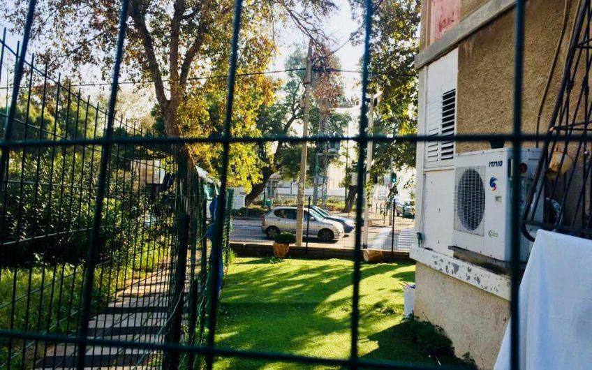 קרית חיים רחוב ורבורג דירת קרקע 3 חדרים
