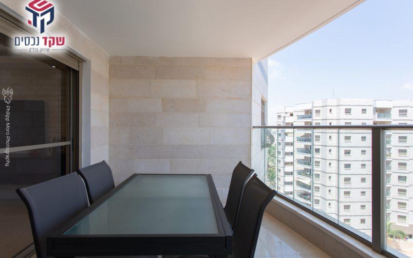 קרית ים רחוב צאלון דירת 4.5 חדרים