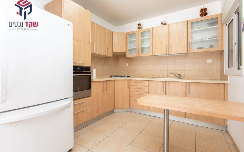 קרית ים, סביוני ים, דירת 4 חדרים למכירה