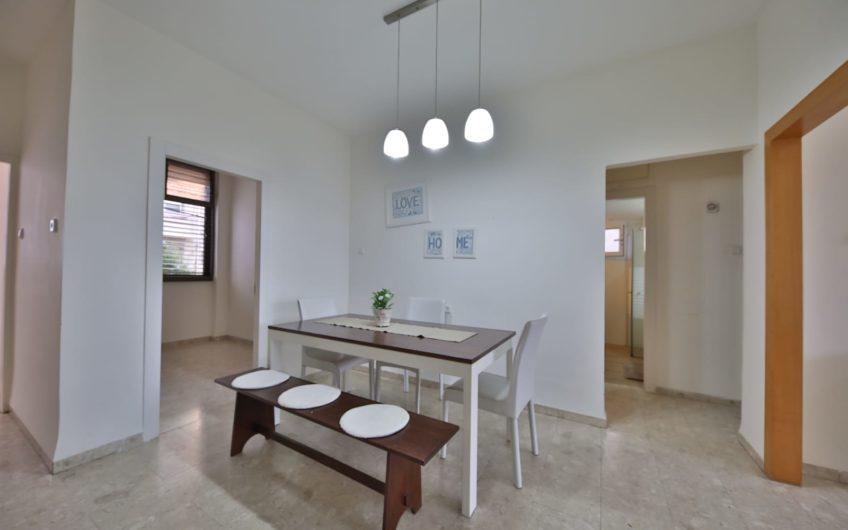 קרית מוצקין שדרות וייצמן דירת 3.5 חדרים